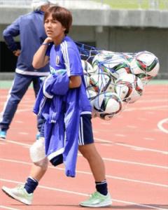 怪我中の岩渕真奈選手